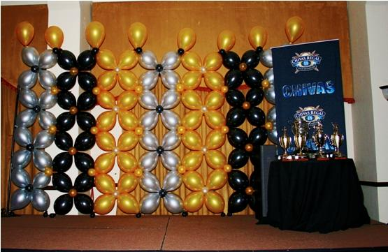 phoca_thumb_l_balloon wall backdrop